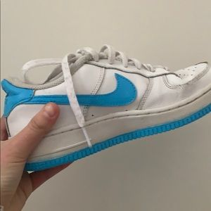 handpainted blue airforces🤍💙